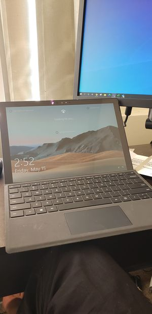 Microsoft Surface Pro 6 128 GB EXCELLENT CONDITION for Sale in Silver Spring, MD