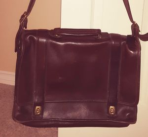 Gorgeous Vintage Coach Messenger Bag for Sale in Dundee, OR