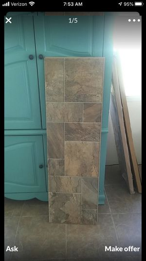 Engineered wood Laminate flooring 6pcs total 16 1/2 wide x 51 1/2 length all of it for $15 for Sale in San Bernardino, CA