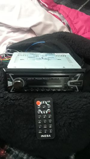 A CD player stereo for a cars brand new only had it for 3 weeks for Sale in Dallas, TX