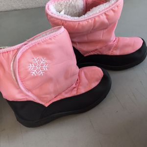Girl Snow Boots for Sale in Commerce, CA