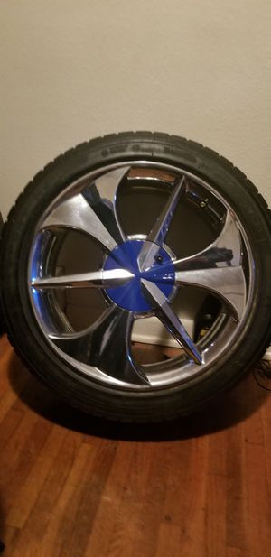 "17"" edge concept wheels for Sale in Royalton, MN"