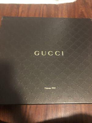 Brand new Gucci sneakers for Sale in The Bronx, NY
