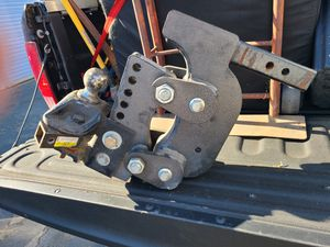 16000lbs gen-y hitch for Sale in Lake Elsinore, CA