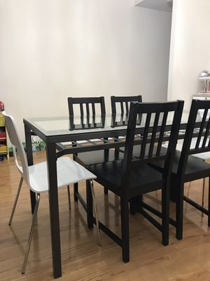 IKEA Granas Glass top dinning table & 6 chairs for Sale in Alexandria, VA