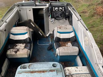90' Bayliner Boat for Sale in Buckley,  WA