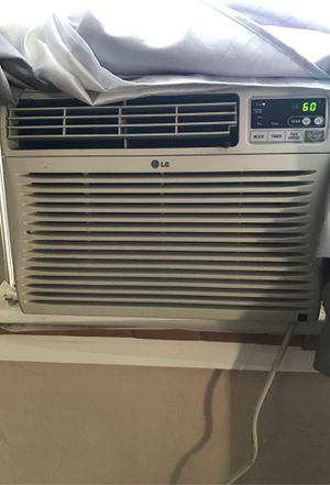 LG Air Conditioner $60 for Sale in Toledo, OH