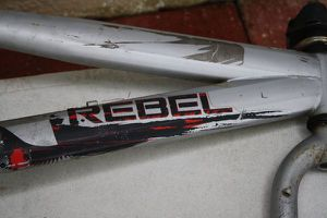 "20"" Mongoose Rebel frame with peddles for Sale in Kissimmee, FL"