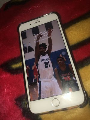 iPhone 7 Plus for Sale in Fort Campbell, KY