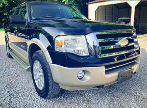 🚙🔥 2008 Ford Expedition'Clean title $1000 🚙🔥 for Sale in Fresno, CA