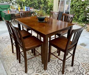 Beautiful Hardwood Counter Height Dining Set With 6 Chairs for Sale in Carlsbad, CA