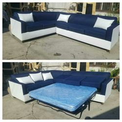 NEW 7X9FT DOMINO NAVY FABRIC COMBO SECTIONAL WITH SLEEPER COUCHES for Sale in North Las Vegas,  NV