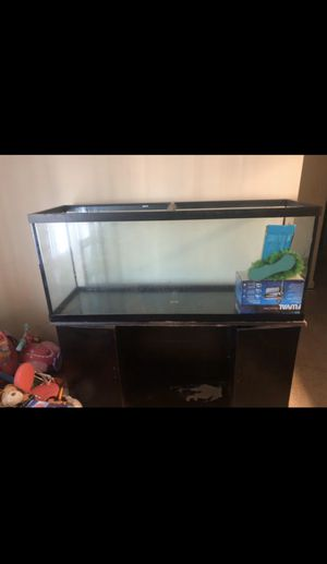 120gal fish tank & stand for Sale in Clinton, MD