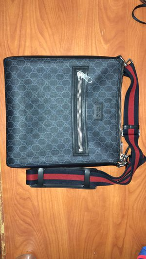 Gucci Messenger Bag for Sale in McDonogh, MD