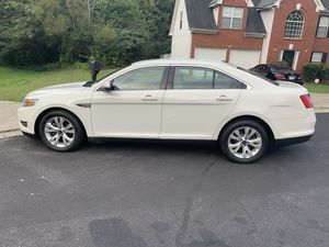 2010 Ford Taurus for Sale in Fayetteville, GA