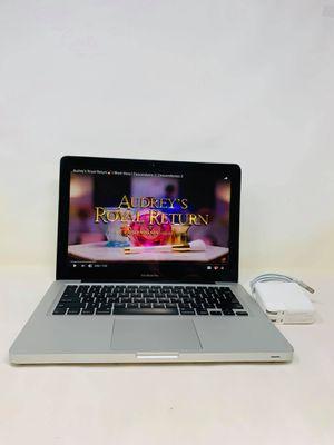 """Apple Macbook Pro 13""""/i5/8GB/256GB SSD/High Sierra for Sale in Phoenix, AZ"""