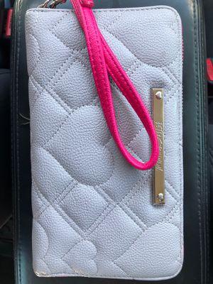 New Betsy Johnson wallet for Sale in Phoenix, AZ