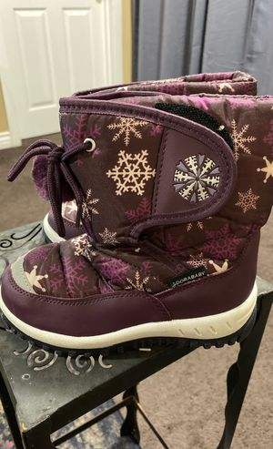 Toddler Girl Size 11 (28) Snow boots Adorababy for Sale in Torrance, CA