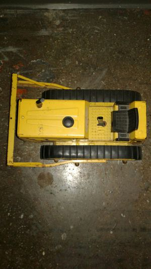 Nylint bulldozer truck for Sale in Saint Joseph, MO