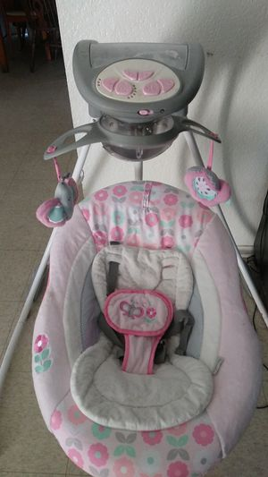 Baby Swing for Sale in East Los Angeles, CA