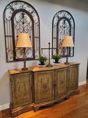 Console Table for Sale in Edgewood, WA