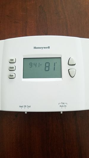 Honeywell Thermostat for Sale in Fresno, CA