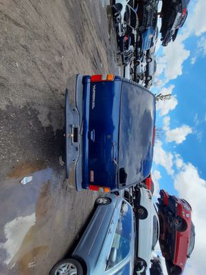 GMC yukon 2003 only parts for Sale in Hialeah, FL