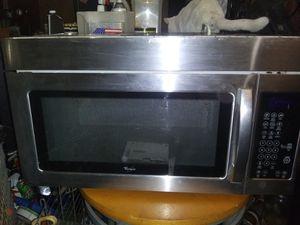 Whirlpool otr microwave for Sale in Hurricane, WV