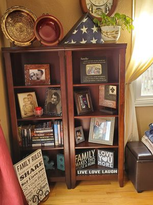 BOOKSHELVES for Sale in Canby, OR