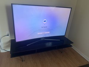 Samsung curve tv 55 inch with tv stand for Sale in Pasco, WA