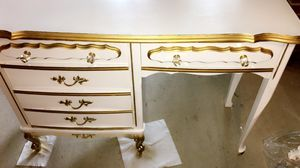 White and gold antique desk for Sale in Baltimore, MD