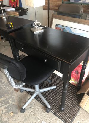 Desk, lamp chair for Sale in Orland Park, IL