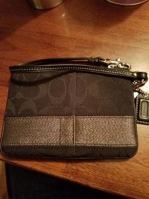 Coach wristlet clutch for Sale in Denver, CO