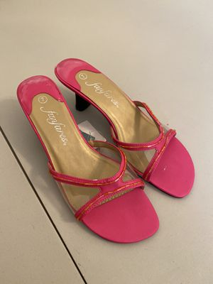 Pink low heels for Sale in Cape Coral, FL