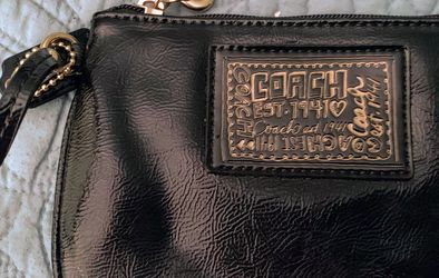 Coach Patent Leather Wristlet for Sale in Miami,  FL