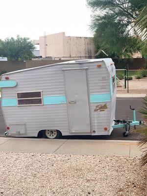 ❤️ 1972 Shasta Compact Camper Trailer for Sale in Gilbert, AZ