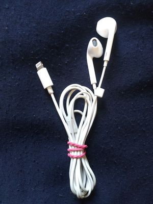 Apple headphone for Sale in Philadelphia, PA