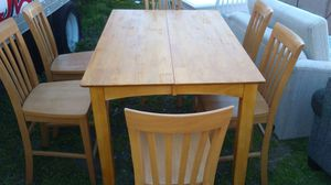 Breakfast nook 6 chairs expandable table for Sale in Baltimore, MD
