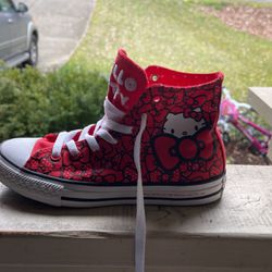 Girls Size 2 Hello Kitty Converse for Sale in Puyallup,  WA