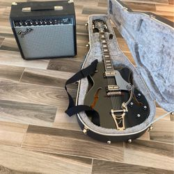 Epiphone Swingster Electric Guitar & Amp for Sale in Ellensburg,  WA