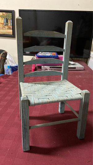 Rustic wooden doll chair for Sale in Murfreesboro, TN