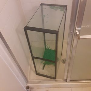 39 Gallon Fish Tank For Sale Pick Up Only for Sale in Manassas, VA