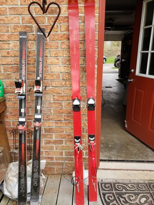 Vintage skis for Sale in Cranberry Township, PA