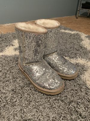 Girls sparkly ugg boots for Sale in Holland, MI