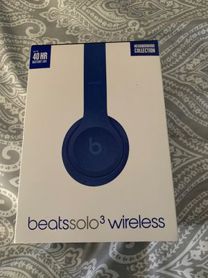 Beats solo 3 for sale or trades for Sale in Phoenix, AZ