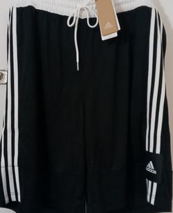 Adidas Basketball Shorts Men for Sale in Selma,  CA