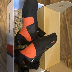 MadRock Sharck Climbing Shoes for Sale in College Station, TX