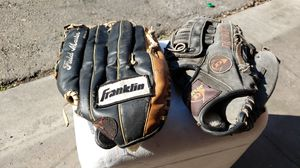 NICE LEATHER BASEBALL GLOVES...TEE BALL BABE RUTH for Sale in Fresno, CA