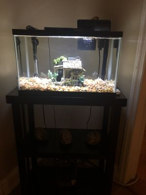 Fish Tank and table for Sale in Valley Stream, NY