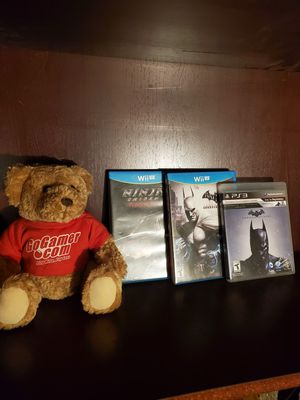 2 wii u games and batman ps3 gamer bear for Sale in Baton Rouge, LA
